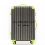 กระเป๋าเดินทางล้อลากไฟเบอร์ รุ่น colorful เทาขอบเขียว ขนาด 20/24/28 นิ้ว