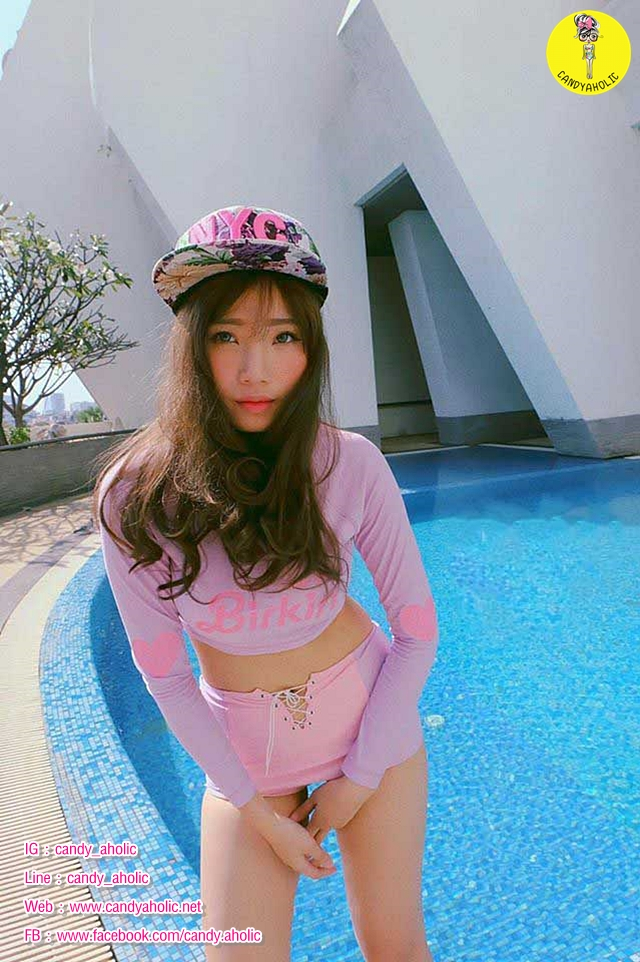 [Size S,M] Birkin ชุดว่ายน้ำแขนยาว แนว Sport สีม่วง