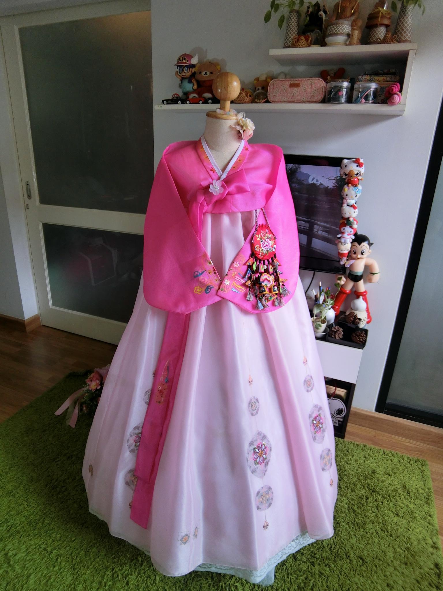 """Hanbok สีชมพูหวาน S อก36"""" สูง 151"""