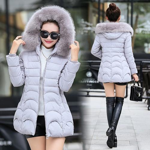 CW6011003 เสื้อโค็ชกันหิมะแต่งเฟอร์ขนผ้าฝ้ายโพลีเอสเตอร์ (พรีออเดอร์)
