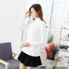 QW6012003 เสื้อกันหนาวไหมถักคอสูงคอเต่าสีขาวและสีดำ