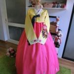 """Hanbok ผ้าไหมสีเหลืองปักมือ อก 35"""" สูง 170"""