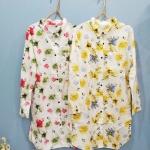 เสื้อเชิ้ตตัวยาวคลุมสะโพก ลายดอกไม้วินเทจ