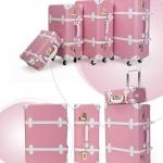 กระเป๋าเดินทางวินเทจ รุ่น spring colorful ชมพูคาดขาว ขนาด 22 นิ้ว