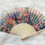 Kimono fan (sensu / ougi) พัดญี่ปุ่นลายกระต่ายกลางทุ่งดอกไม้ สีม่วงอมน้ำเงิน