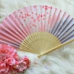 Kimono fan (sensu / ougi) พัดญี่ปุ่นสีชมพูม่วง ลายกลีบซากูระ