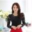 RP5911044 เสื้อลูกไม้เกาหลีสวยหวาน คอวีแขนยาว (พรีออเดอร์) thumbnail 3