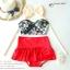 (Free Size) ชุดว่ายน้ำ ทูพีช บราเป็นแบบตะขอหลัง ลายดอกชบา กางเกงกระโปรงระบายล่างสีแดง ชุดว่ายน้ำ คอโบว์ thumbnail 3