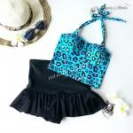 (free size) ชุดว่ายน้ำ ทูพีช ลายเสือดาวสีฟ้า บราเป็นแบบสวมเต็มตัวไม่โป้ กระโปรงดำ