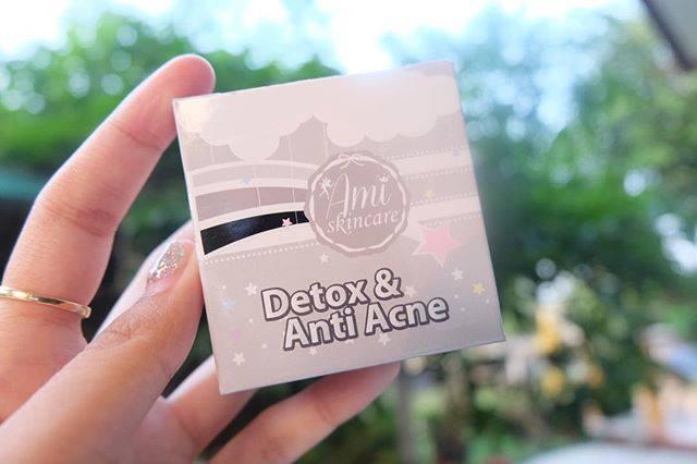 สบู่ Ami Detox Anti Acne เอมิ สบู่ดีท็อกสิวและริ้วรอย