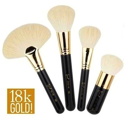 ลด 42 % SIGMA :: Extravaganza Face Kit ชุดแปรงด้ามทอง 18K สุดหรู พร้อมกระเป๋าหนังสีดำอย่างดี